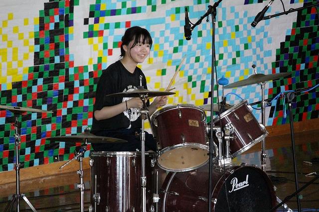 軽音楽部「軽音ライブ」